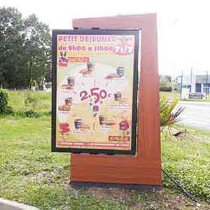 Banderole pub et pancarte publicitaire sur mesure for Pancarte publicitaire exterieur